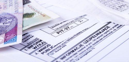 deklaracje podatkowe pit i dwa polskie banknoty