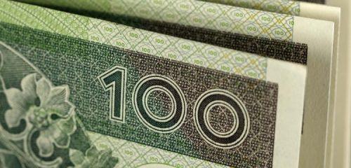 banknoty o nominale 100 złotych