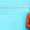 mężczyzna w brązowym swetrze na niebieskim tle